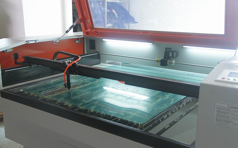 MX lens cutting machine